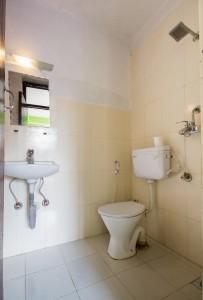 Bathrooms at Yala Peak