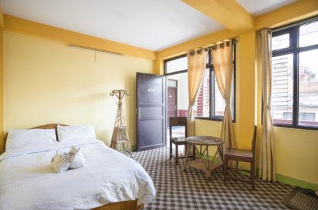 About Hotel Yala Peak